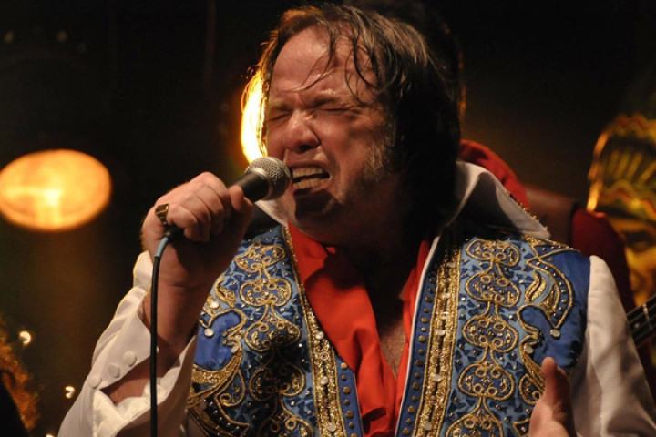 O Último Elvis (2012)
