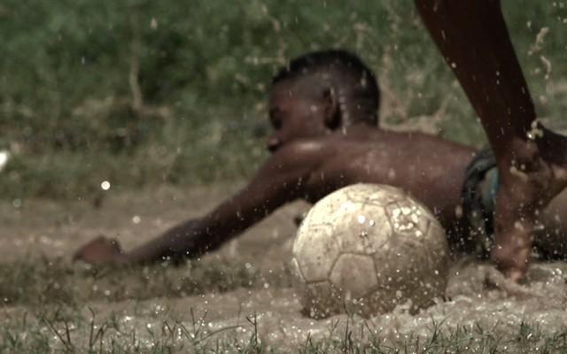 Campo de Jogo (2014)