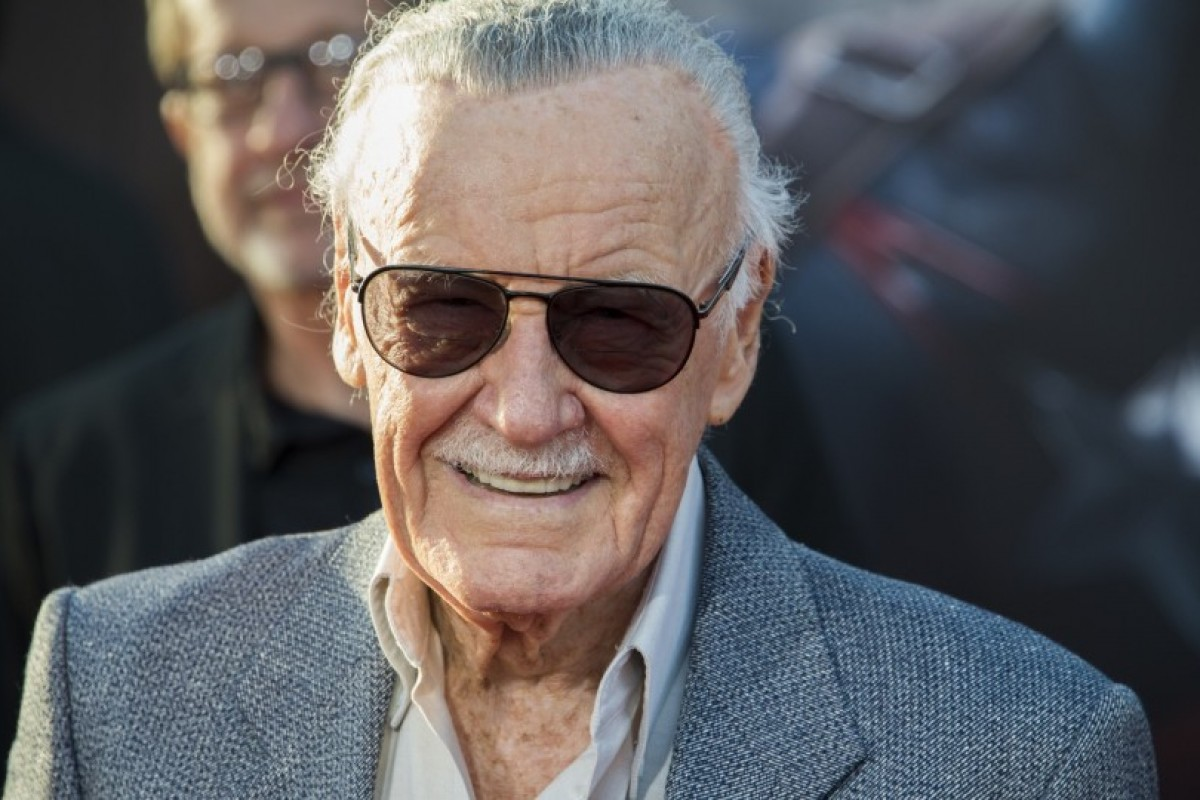 Hot Toy divulga preview de Stan Lee