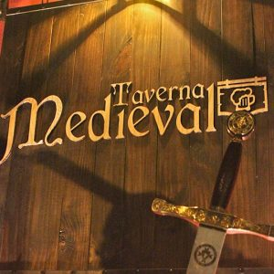 Que tal um lanche medieval regado a RPG e BoardGames